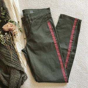 J. Crew Green Toothpick Pants Sz 28 NWT
